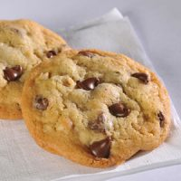 Toll_House_Choc_Chip_Cookie_420x420